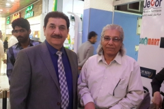 مع الفنان العراقي كريم منصور